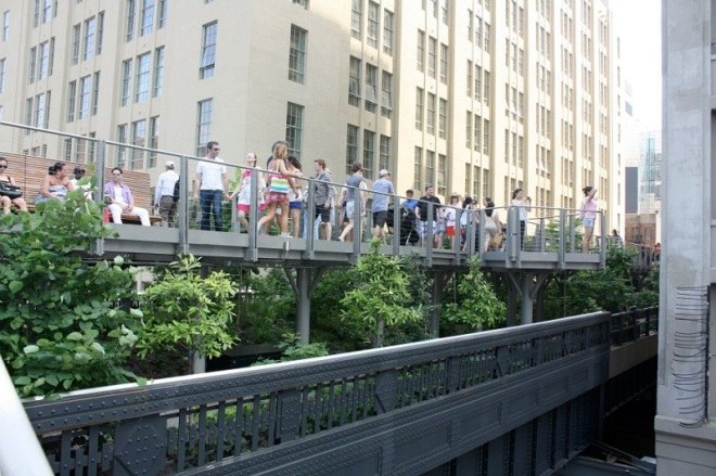 The High Line in New York is one of many free things to do.